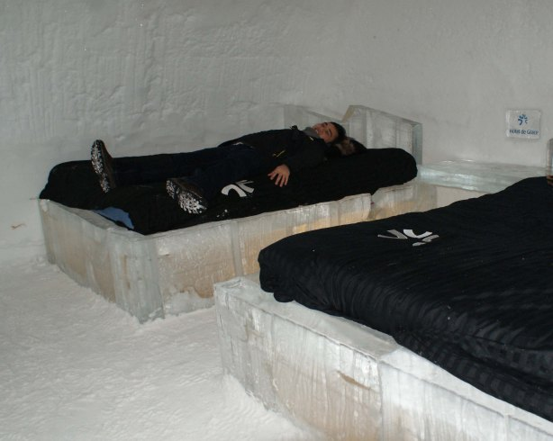 Wanna sleep on an ice bed after a long chilly day?